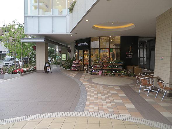 大江戸線落合南長崎駅 A3出口より、地上に出ます。